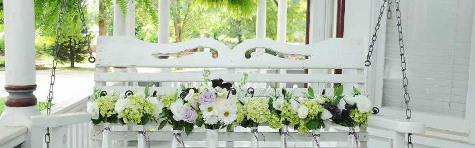 Just Priceless Wedding Bouquets for Bride and Bridesmades